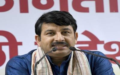 AAP, Congress trying to spread riots: Manoj Tiwari