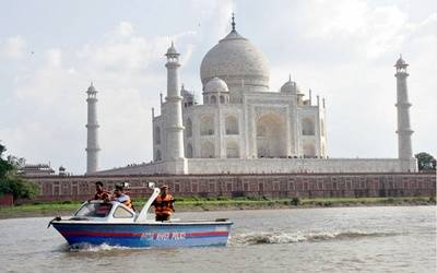 Smart City or Heritage City? That seems to be Agra's dilemma