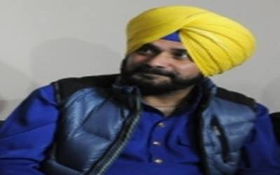 On brink of losing voice, Sidhu advised rest