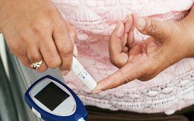 Diabetics at double the risk of developing cataract