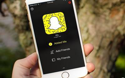 New Snapchat update draws ire of over 6 lakh users
