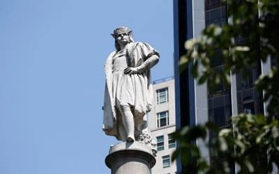 New York to keep controversial Columbus statue with commentary added