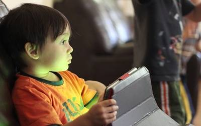 Tablet games may offer speech therapy to children: Study