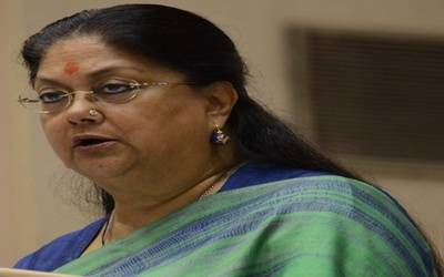 Rajasthan CM shown black flags by protestors