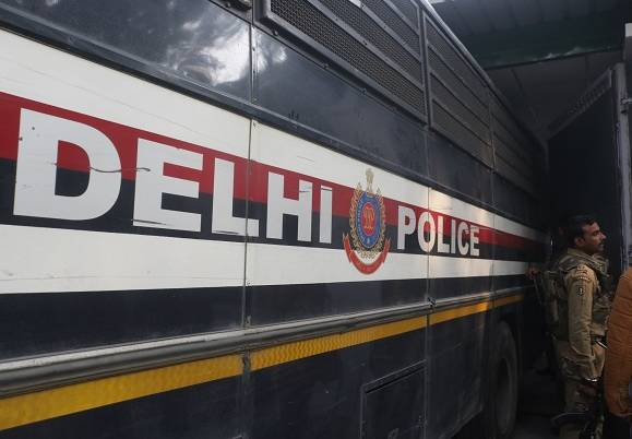 Two men arrested for running betting racket in Delhi