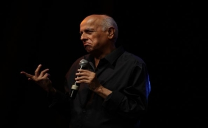 Mahesh Bhatt slams destruction of Vidyasagar's statue