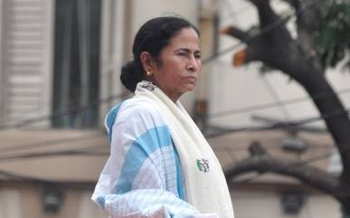 EC decision taken at BJP's direction, says Mamata (Second Lead)