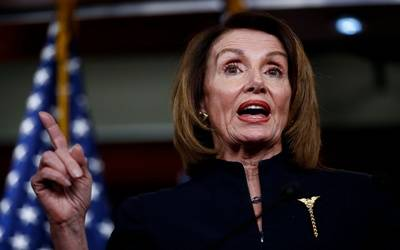 Pelosi doesn't back down, goes for the kill (Lead)