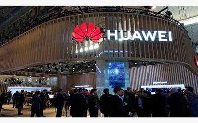 Trump administration mulls okaying sales to Huawei: Report