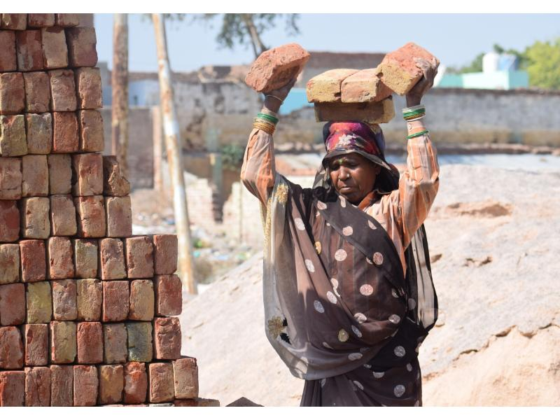 127 labourers from Bihar rescued from UP brick kiln