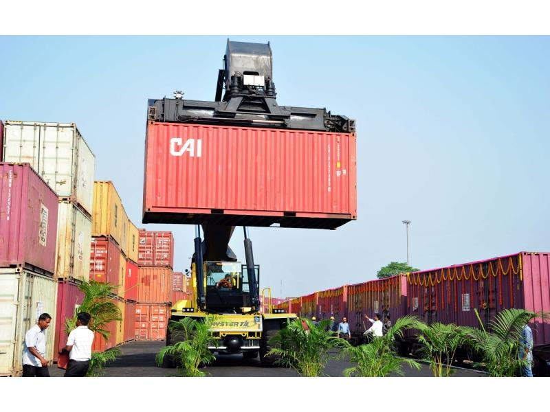 India set to manufacture containers to boost exports