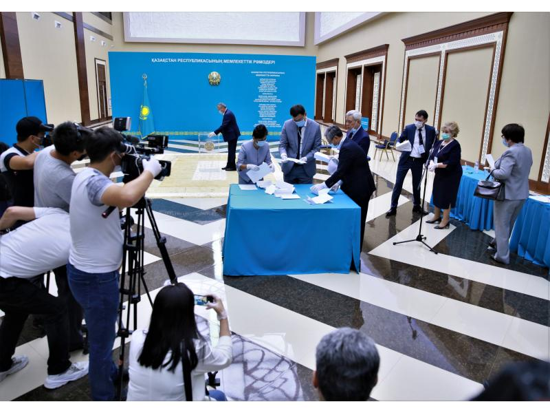 Kazakh ruling party grabs over 70% of vote: Exit poll