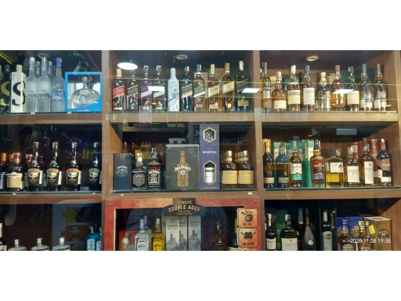 Delhi: Rules permitting home delivery of liquor come into force from Friday