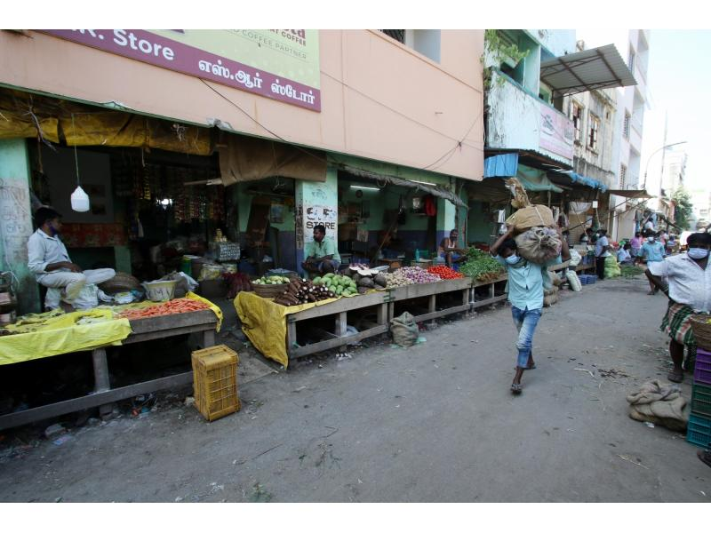 Retail inflation zooms to over 6% in May (Roundup)