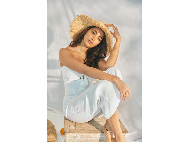 Pooja Hegde 'singled' out for praise for her performance in 'Most Eligible Bachelor'