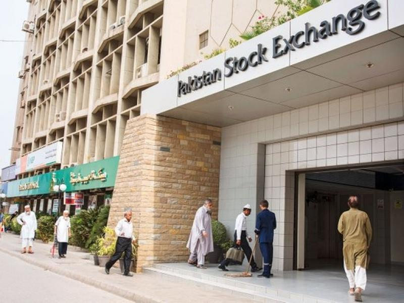 Pakistan stocks take a beating on controversy over ISI chief appointment