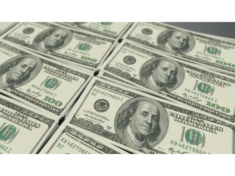 219 deals worth $8.4 bn in August, record volumes since 2005